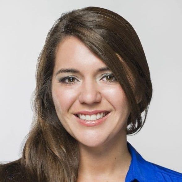 Liz Barletta headshot