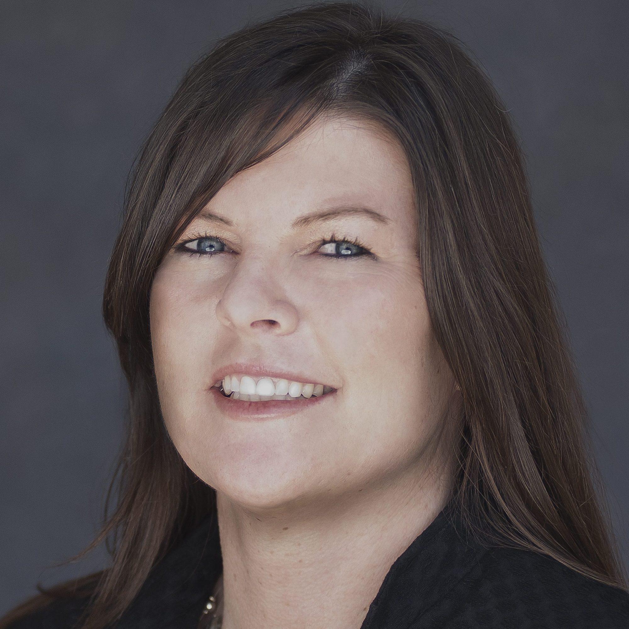 Judy Field Headshot